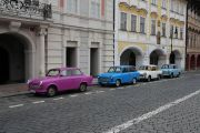 Trabant-Prague-Tour-transport-do-hotelu